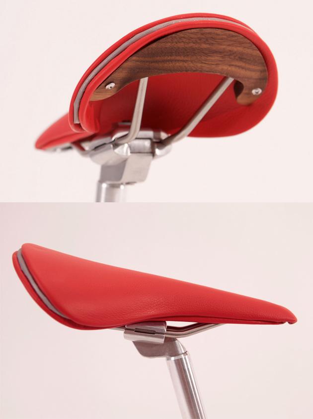 scraps_saddle